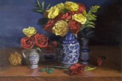 red_yellow_roses_blue_vase